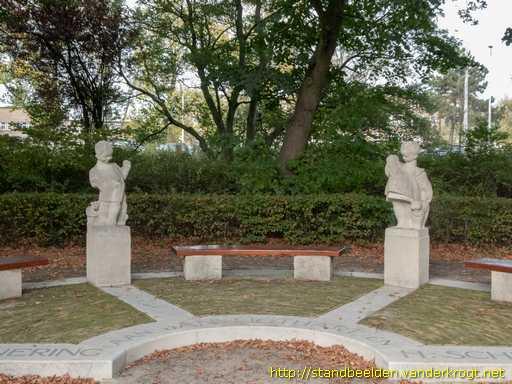 09 Ot en Sien monument 1930