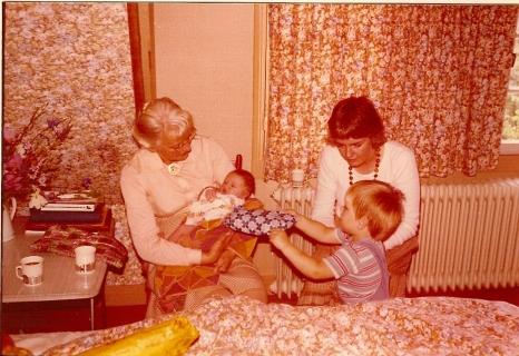 Mijn moeder, Annemarie, ikzelf en David.
