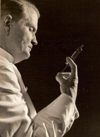 Dokter Dunlop.