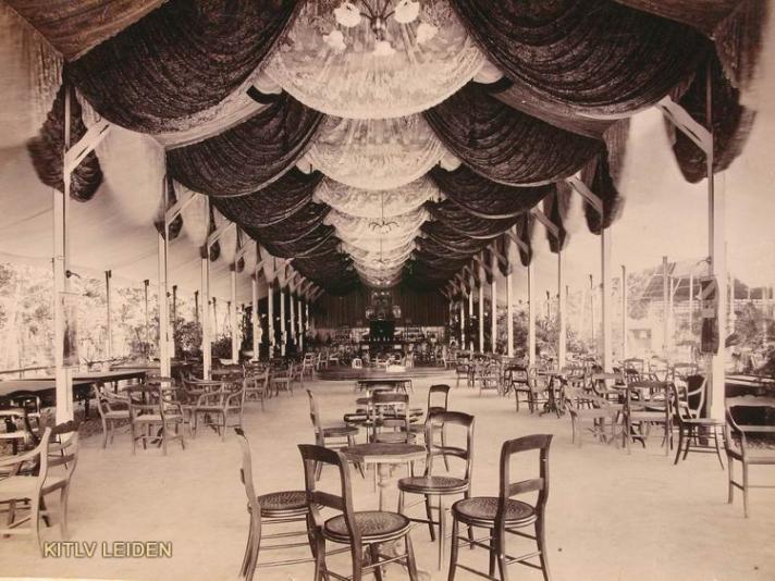 1 recreatiezaal Planten en dierentuin Batavia 1893