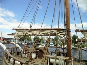 Schip in de museumhaven in Greifswald.